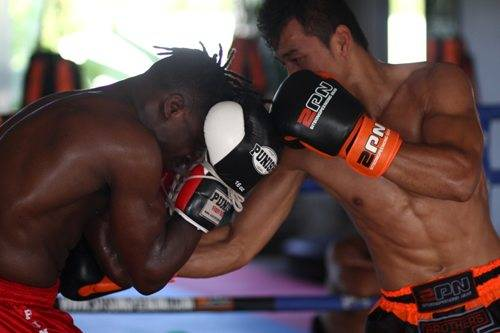 sparring-without-headgear